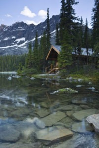 Green Energy Cabin by the Lake
